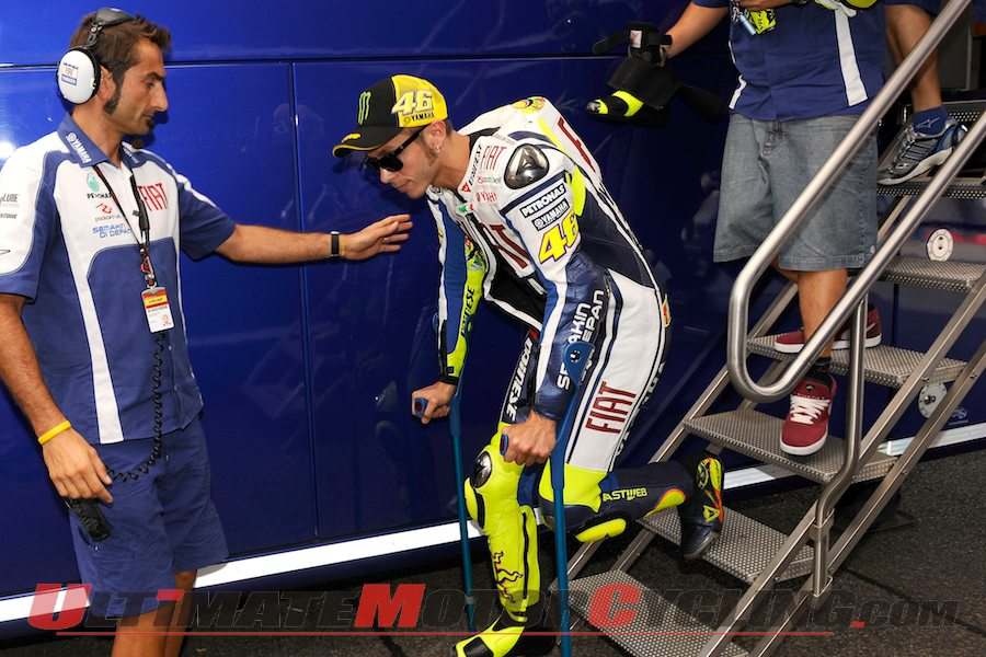2010-injured-valentino-rossi-gets-custom-dainese-gear-1